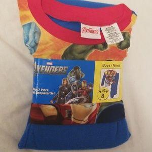 Boys Avengers 2 pc flannel sleep set size 8 NWT